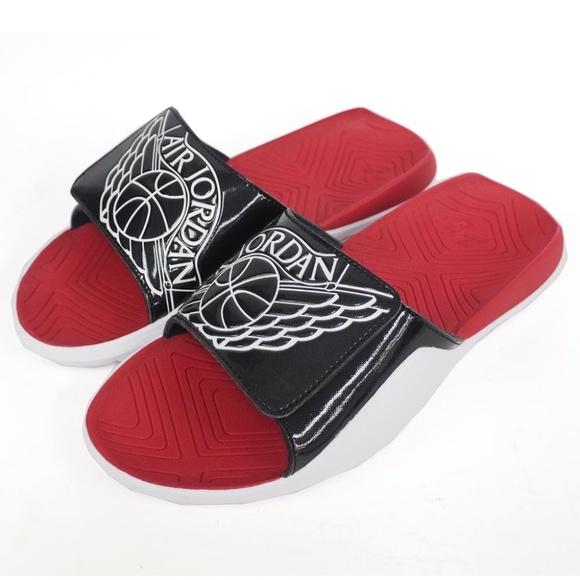 8d9e9643f85c Nike Air Jordan Hydro 7 Slides. M 5c61ef3cde6f62e25de9e7bf
